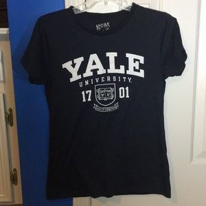 Tops - Yale University T-Shirt